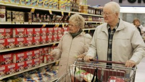 senior-citizens-shopping